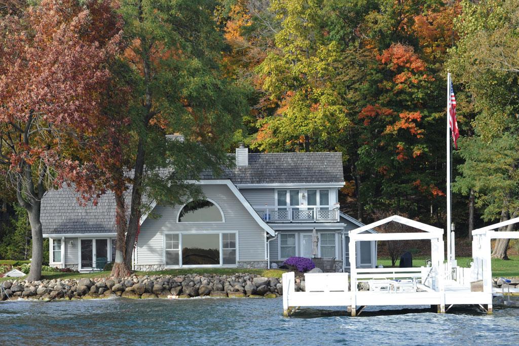 famous-boathouse-lake-geneva
