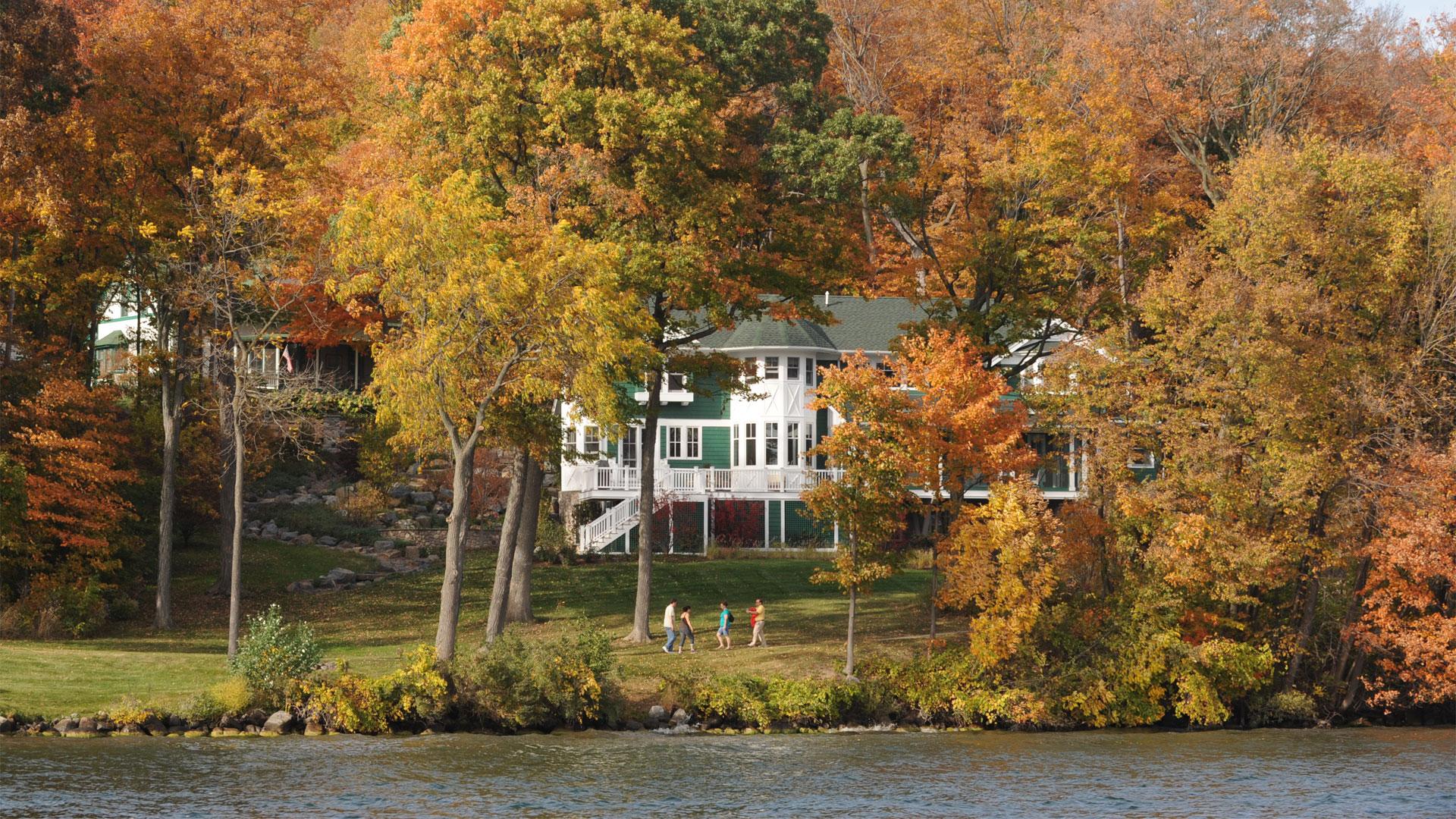 wrigley-family-lake-geneva
